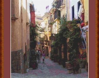 Street In Collioure Cross Stitch Pattern