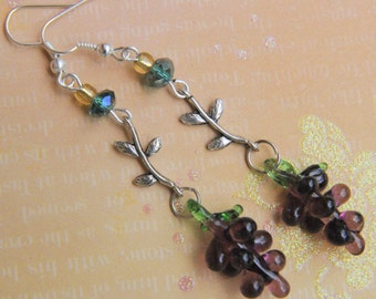 Grape earrings. Thanksgiving earrings. Purple  grape earrings. Grape bunch earrings. fruit earrings. Grape vine earrings.