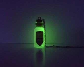 Harry Potter Inspired Glow in the Dark Bottle Necklace: Lumos Maxima