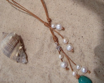 LEATHER/ PEARL NECKLACE (Christie)