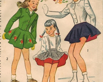 1940s Simplicity 1755 Vintage Sewing Pattern Girl's Skating Ensemble Size 12