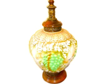 Vintage Grape Table Lamp