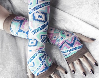 Sleeping Spirit Arm Warmers | Lavender Purple Royal Sky Blue Mint Pink Taupe Pastel Tribal Aztec Cotton | Yoga Gothic Light Spring Cycling