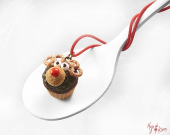 Food Jewelry, Christmas Reindeer Necklace, Rudolf Cupcake Necklace, Miniature Food, Polymer Clay, Christmas Jewelry, Reindeer Cupake, Kawaii
