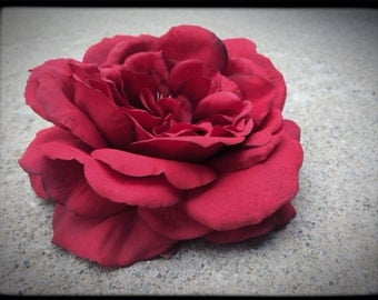 Large Red Scarlet Rose Hair Clip Spring Floral Fabric Flower Fascinator Hat Felted Natural Bridal Masquerade Burlesque Head Piece Watercolor
