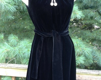 Vintage Black Velvet Dress Pearl Neck line