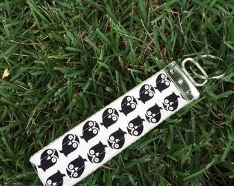Black Owl Wristlet Keychain