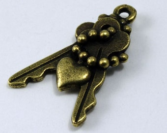 20mm Antique Brass Keys with Chain and Heart Charm #KEY018