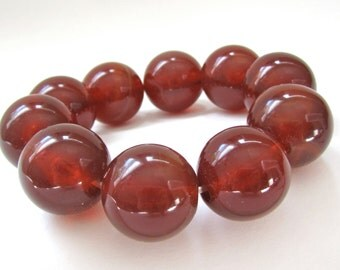 Vintage Marbled Lucite Stretch Bracelet - big chunky amber brown gumball beads - oversized beaded bracelet - early plastic statement jewelry