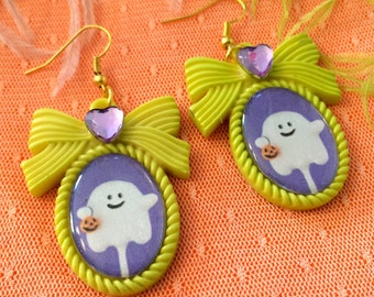 Ghost  Pop Small Cameo Earrings