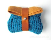 Small knitted purse teal blue chunky knit mustard yellow linen pouch tan leather tie memake handmade bag