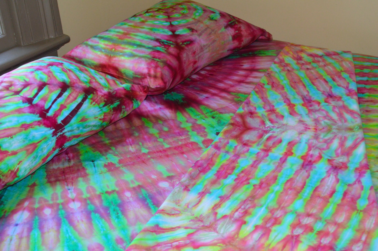 Hand Dyed Psychedelic Sheet Set Queen Size Tie Dyed