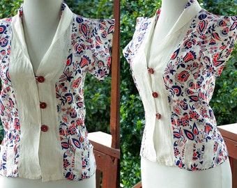 JULY 4th 1940's Vintage Handmade Red White + Blue Floral Cotton Rayon Shirt // size XS Small