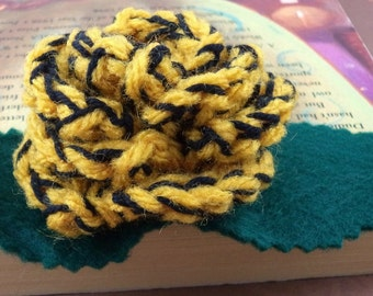 Crocheted Rose Lapel Pin - Yellow and Black (SWG-PL-HWHU01)
