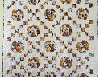 Happy Dogs - Irish Chain Quilt