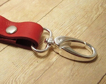 Red Leather Key Ring, Clip On Keyring, Red Leather Keychain, Red Key Chain, Leather Key Fob, Purse Accessory, Leather Key Holder