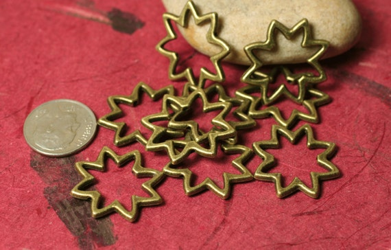 Antique brass star flower link connector drop size 22mm, 20 pcs (item ID YDAB1712)