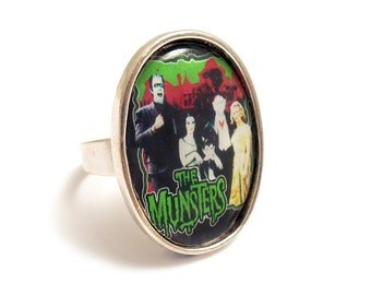 The MUNSTERS family ring gothic silver adjustable vampire horror werewolf goth