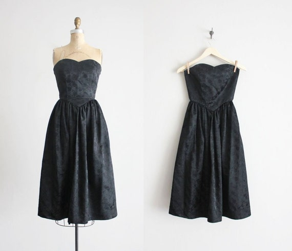ON SALE - black strapless dress / sweetheart dress / 60s brocade dress