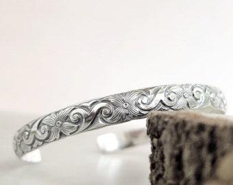 Sterling Silver cuff bracelet, Floral pattern, antiqued, stackable