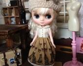 Middie Blythe size petit bois cat dress
