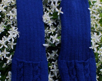 Knitted Wool Navy Pocket Scarf