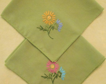 Four Vintage Lime Green Napkins - Floral Hand Embroidery - Spring/ Summer Dining
