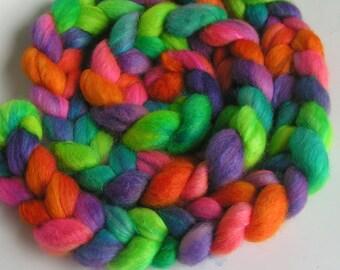 Fiber Roving Top BFL Silk FLOWER POWER Phatfiber Feature August Top Hand Painted Wool Spin Felt Craft Roving 4 ounces