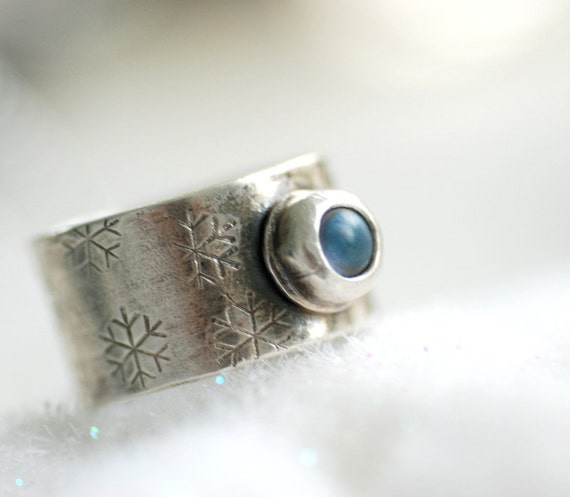 Snowflake Ring, Stamped Silver Ring, Metalwork Ring, Sterling Silver Ring, Blue Glass Ring, Winter Jewelry, Icy Blue - First Snow