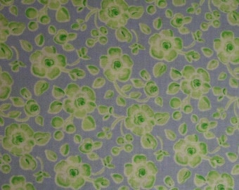 Free Spirit Fabrics Rambling Roses Yellow Green Roses on Lavender df06-laven By the fat quarter or half yard