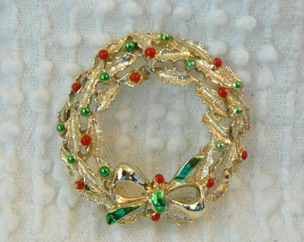Vintage Gold and Enamel Holiday Wreath Brooch with Holly Berries - Jewelers mark Gerry on back - Lovely