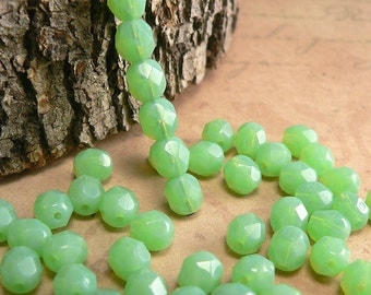 Jade Czech Glass Beads Round Milky Green Opal Firepolished 6mm (25)