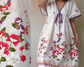 Sale Pink Flowers White Batik Cotton Short  Kimono Summer Dress (H)