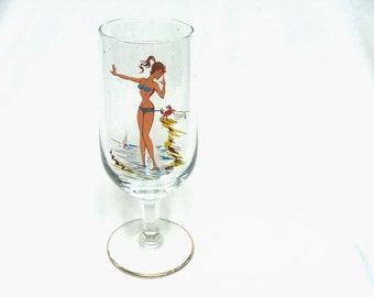 Vintage Girlie Pin Up Wine or Sherry Glass Beach Crab Mid Century
