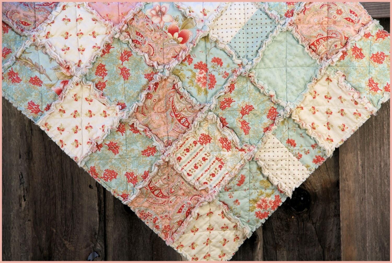 Handmade rag quilt girl 39 s quilt bedroom decor for Handmade decorative items for bedroom