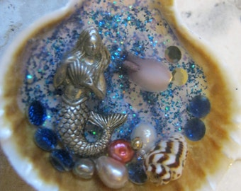 Mermaid and Shell Large Beach Resin Pendant