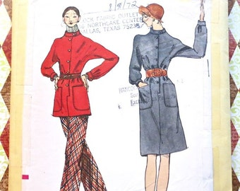 Vintage 1970s Womens Dress/Tunic Pattern with Pants - Vogue 8372