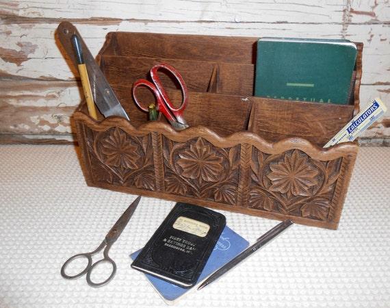 Vintage plastic letter holder faux wood desk caddy mail for Vintage letter holder desk