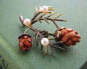 Vintage pine cone holiday brooch pin