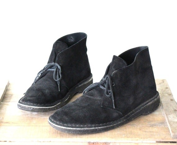 vintage desert boots. Black suede Clark's chukka boots.