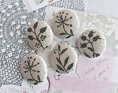 """Handmade Country Woodlands Small Beige Gray Grey Leaf Flower Floral Fabric Covered Buttons, Small Floral Magnets, Flat Back  0.8"""" 5's"""