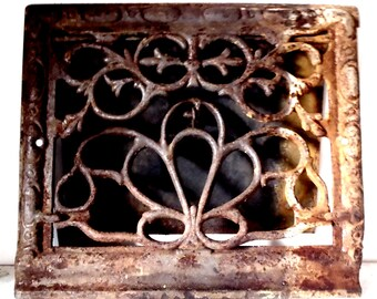 Antique Cast Iron Victorian Ornate Vent