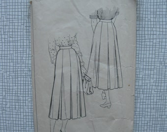 "1950s Skirt - 30"" Waist - Style 4864 - Vintage Sewing Pattern"