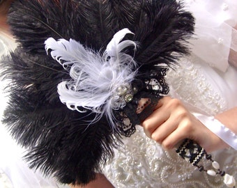 Small Black and White Ostrich Damask Lace Fan Bouquet