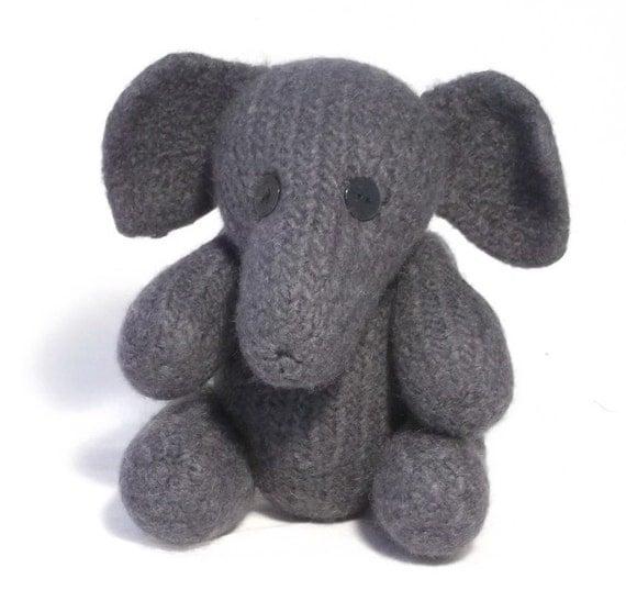 Knitting Pattern Toy Elephant : Elephant Toy Knitting Pattern