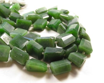 Natural Green Jade Nugget Beads, Translucent Gemstone