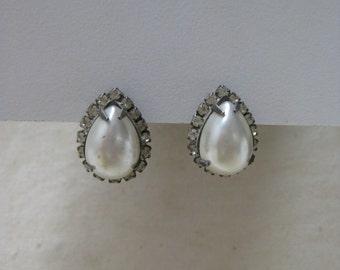 Pearl Rhinestone Teardrop Earrings Pierced Post Silver Clear Vintage