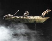Crossing Over. 3 bronze mice on their ultimate spiritual journey. Objet d'art - luxury metal ornament - bronze sculpture on steel base.