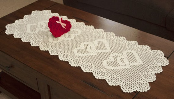 0709 Linked Heart Runner Crochet Pattern By Crochetmemories