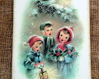 Retro Merry Christmas Carolers Caroliong Gift or Scrapbook Tags or Magnet #252